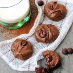 flourless-double-chocolate-almond-cookies_blog-1
