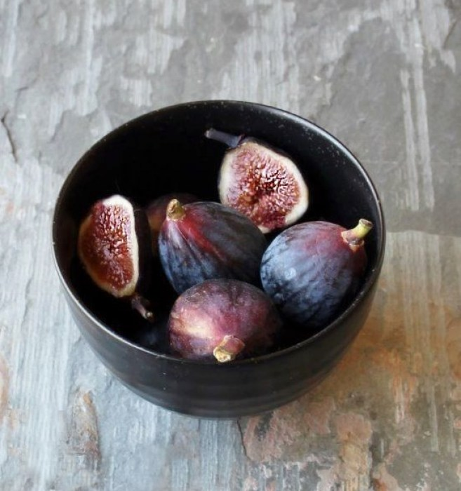 Fresh Fig & Millet Porridge