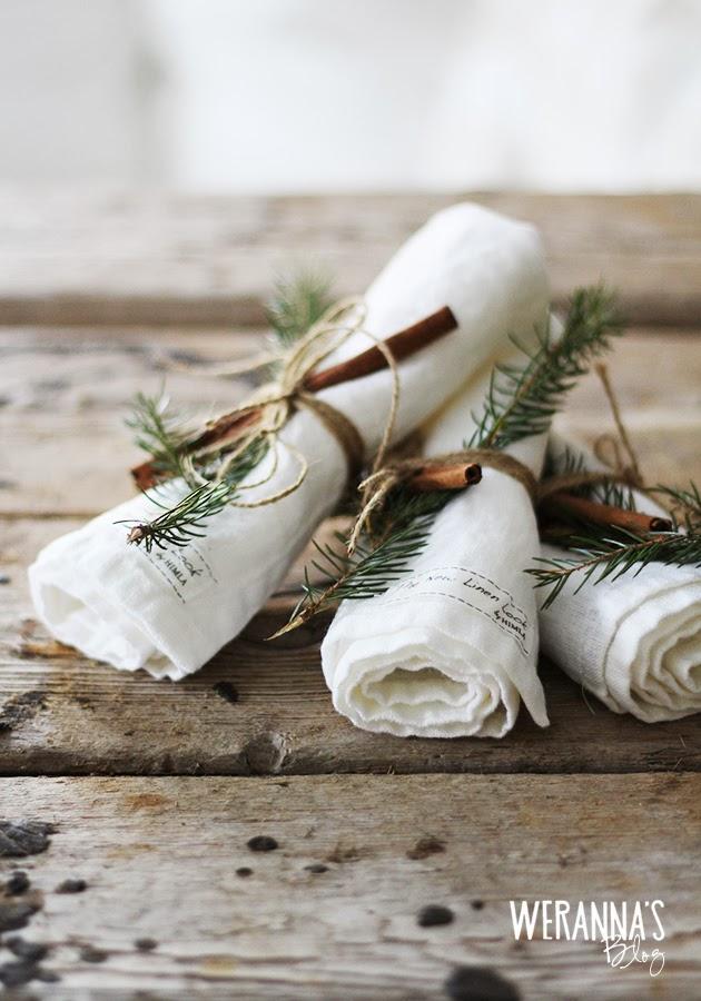Christmastablesetting1[1]