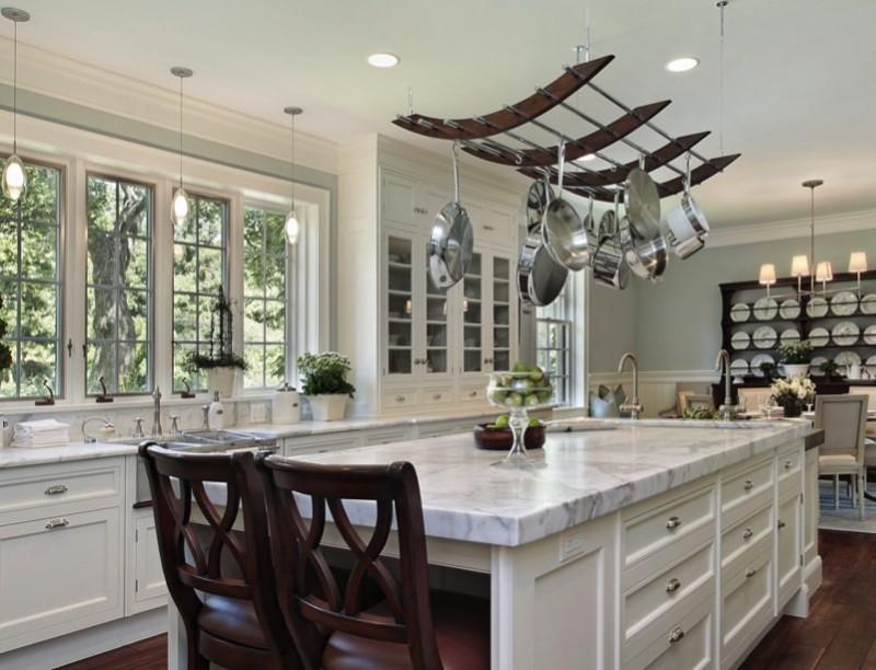 Kitchen Pot Shelves And Hanging Pot And Pans