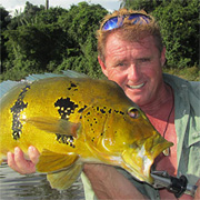 Steve Townson with peacock bass in the Amazon :: Inspired Spaces