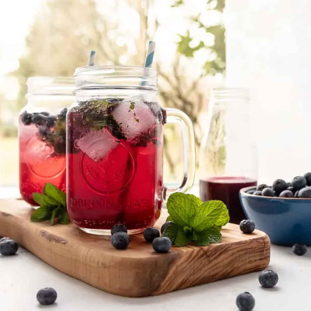 summer berry mocktail