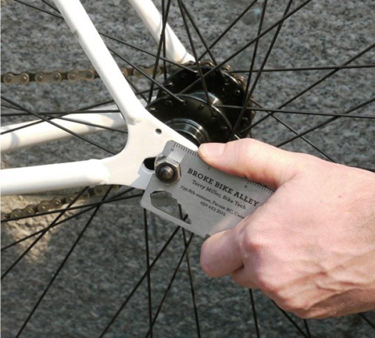 10 Biglietti da visita interattivi-bike tool business card