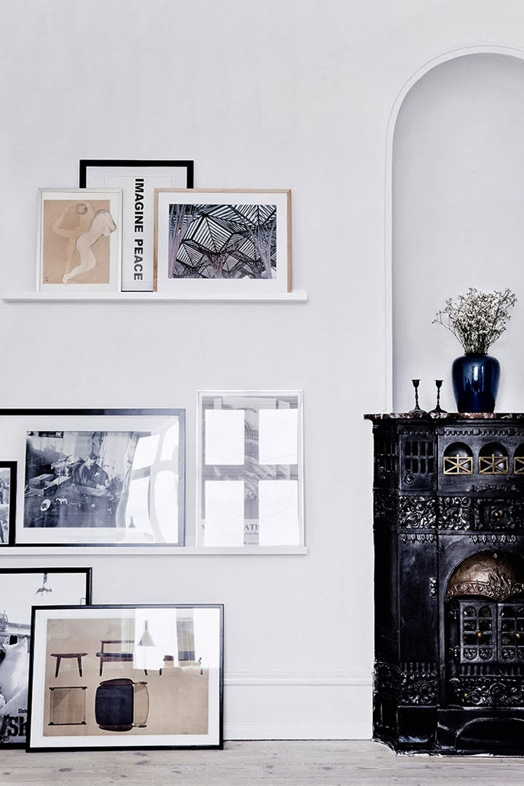 How to decorate the walls using shelves
