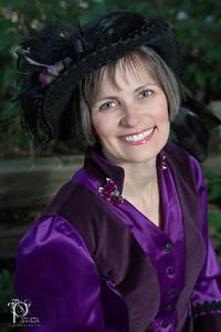Keli Gwyn Historical Author Photo June 2014