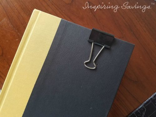 Binder clip as bookmaker