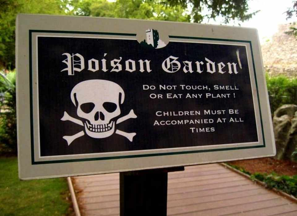 poison garden sign blarney castle