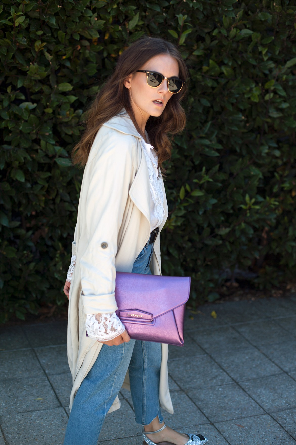 how to wear a trench coat casually, Inspiring Wit fashion blog