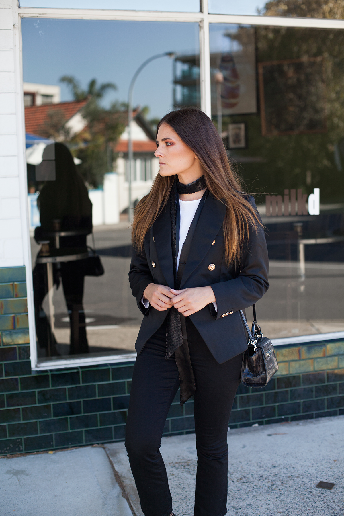 Bohemian Traders double breasted blazer, crop jeans and fishnets all black outfit Inspiring Wit fashion blog