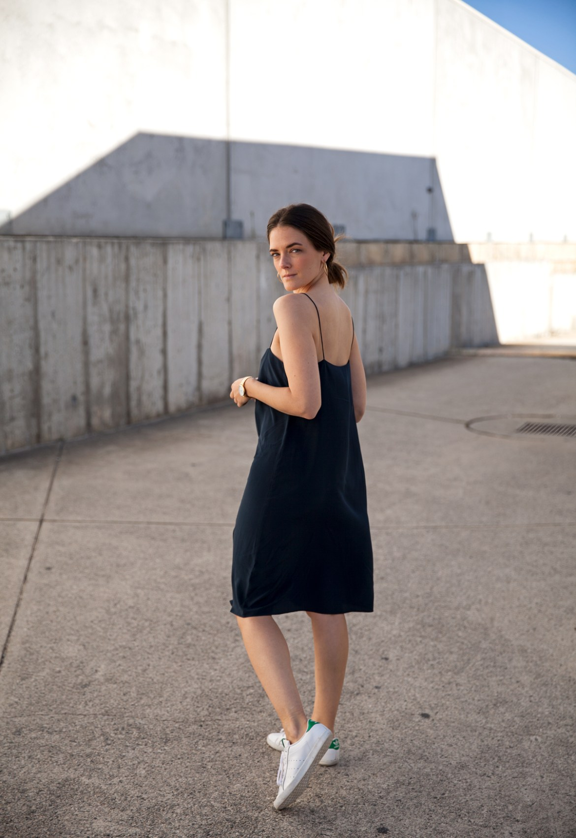 Ginia RTW navy silk slip dress worn by Inspiring Wit fashion blogger Jenelle Witty.