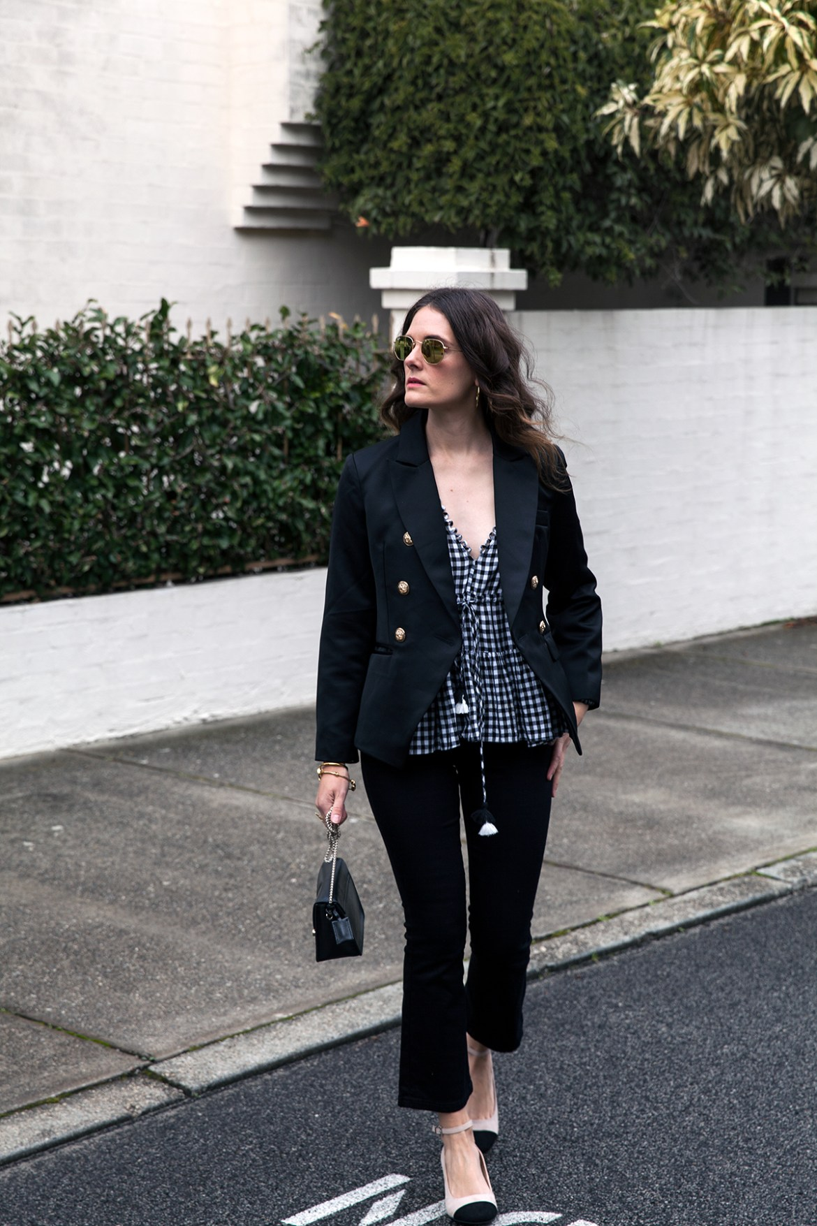 Gingham top by Bohemian Traders worn by Inspiring Wit fashion blogger