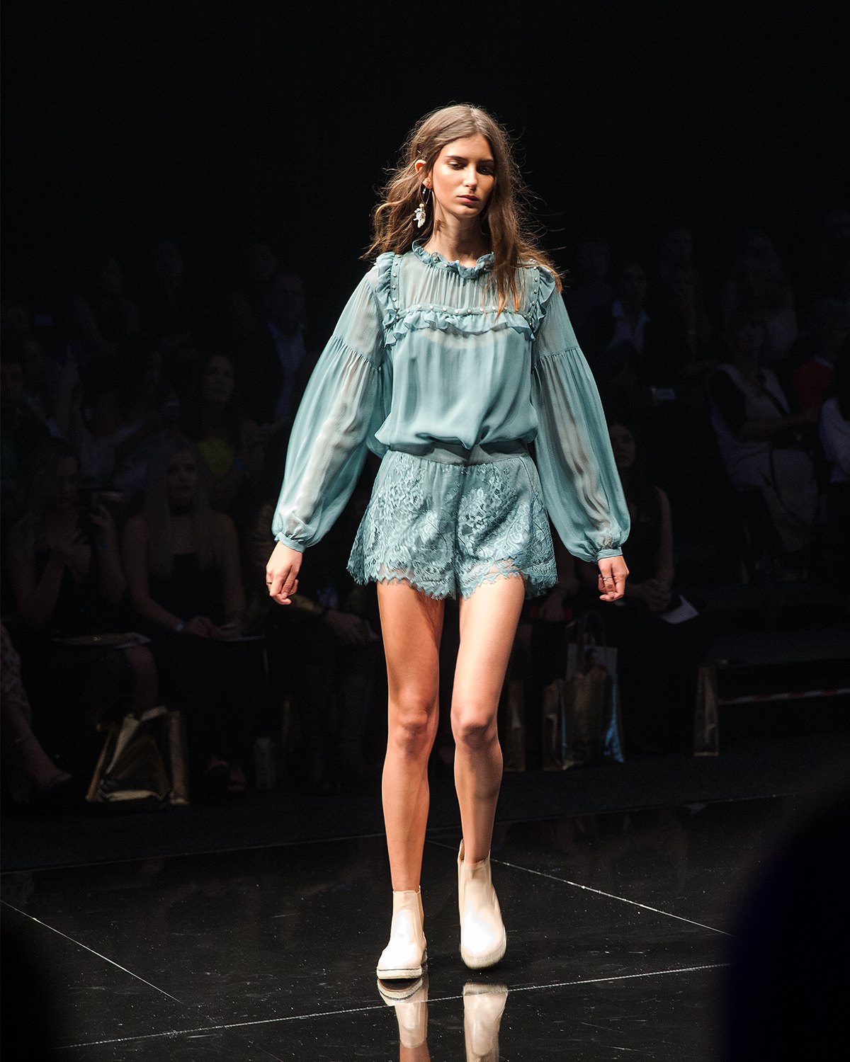Flannel the label runway tpff2017 by Inspiring Wit blogger Jenelle