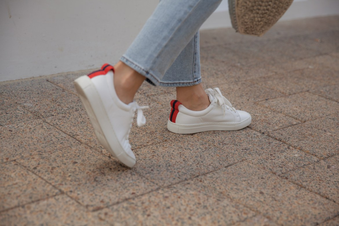 Boden jeans and white sneakers worn by Inspiring Wit blogger Jenelle Witty