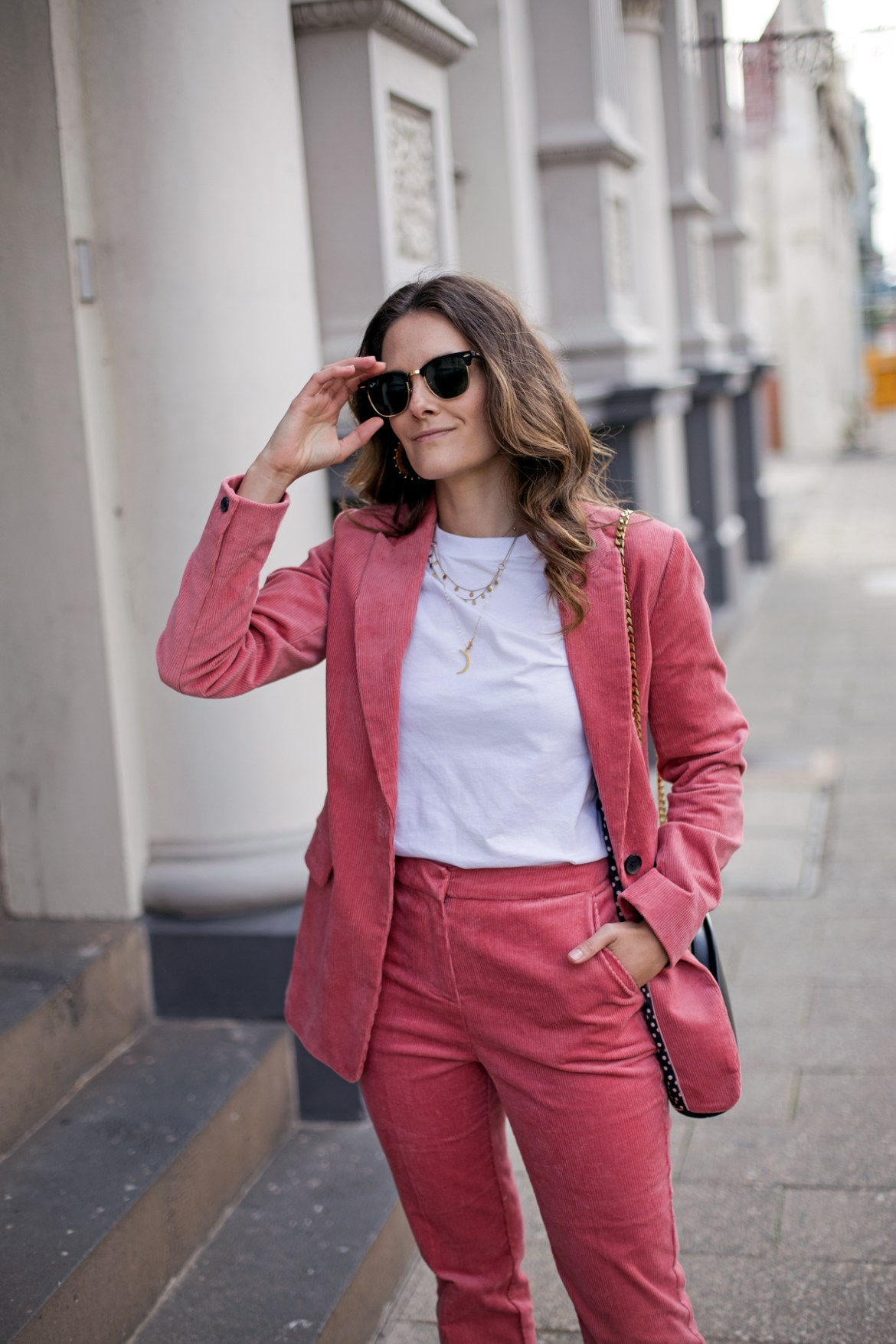 Boden Oxshott corduroy blazer in blush pink worn by fashion blogger from Australia Jenelle Witty of Inspiring Wit