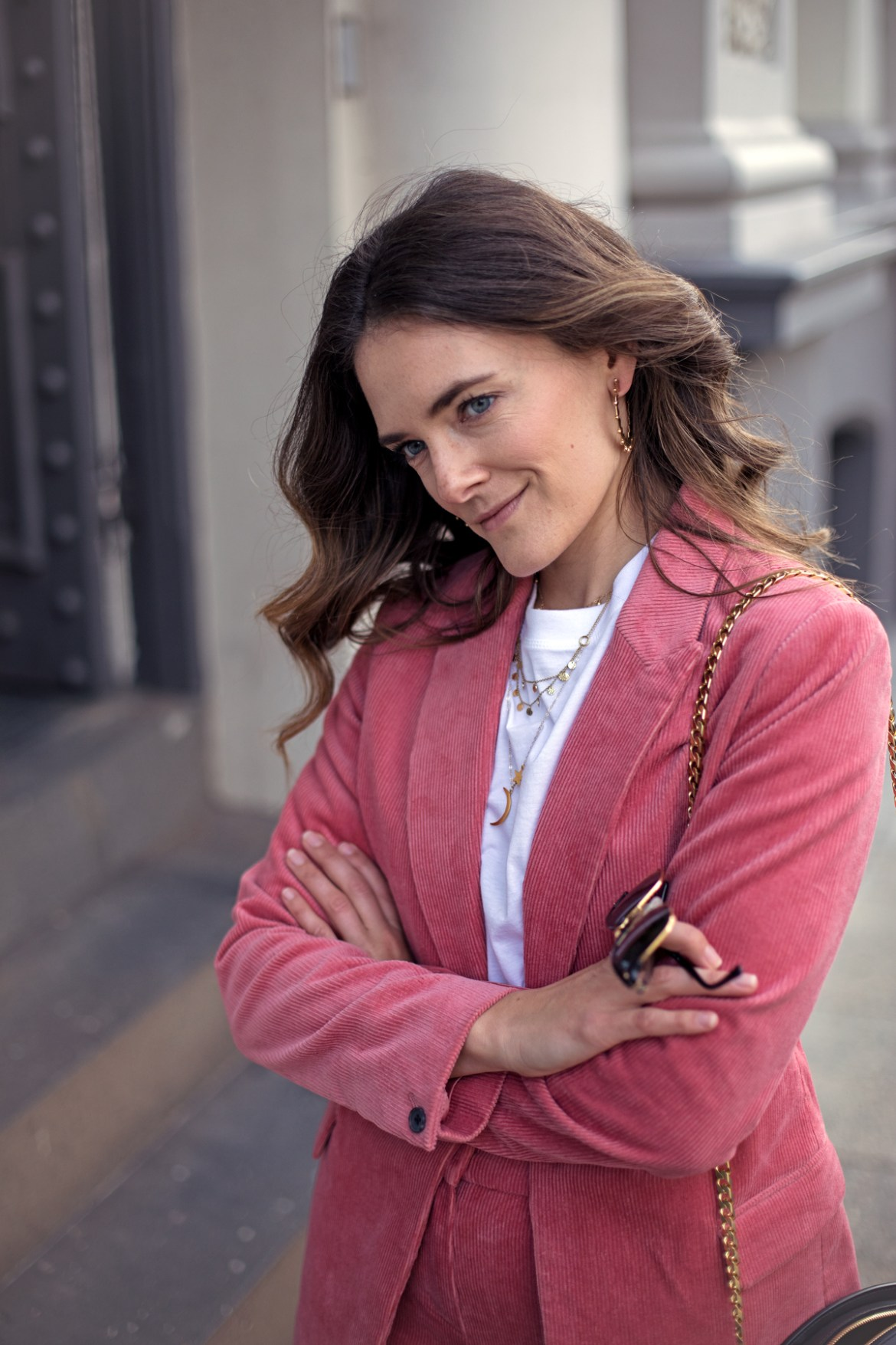 Boden Oxshott corduroy blazer in blush pink worn by fashion blogger from Australia Jenelle Witty of Inspiring Wit