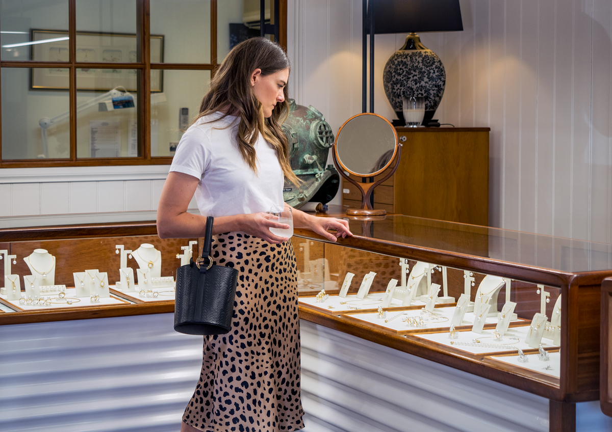 Allure South Sea Pearls Broome showroom with Inspiring Wit fashion blogger Jenelle Witty in the Naomi Wild Things Realisation Par leopard skirt