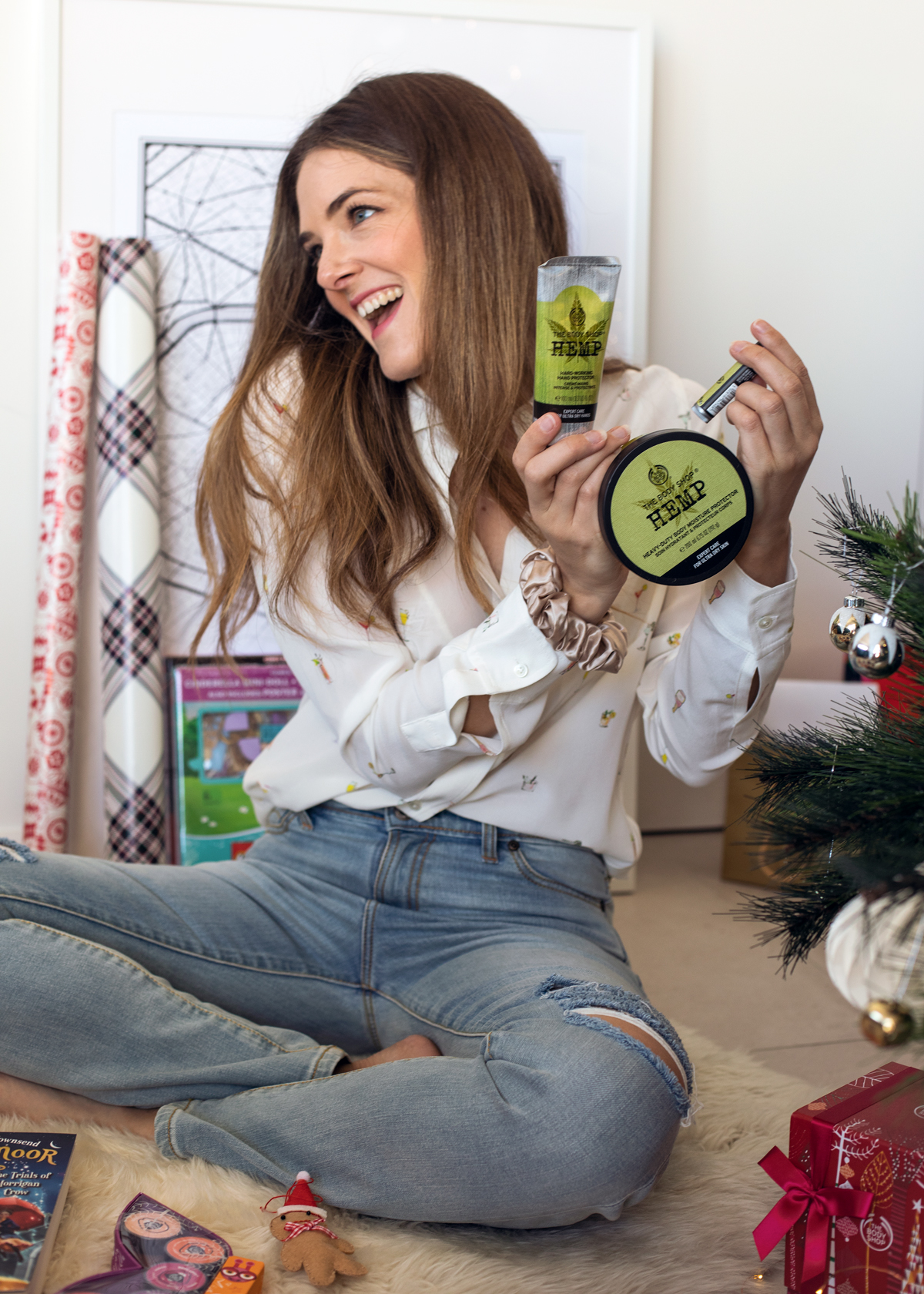 2018 Christmas gift guide Inspiring Wit blog featuring men's gifts The Body Shop Hemp Skincare products