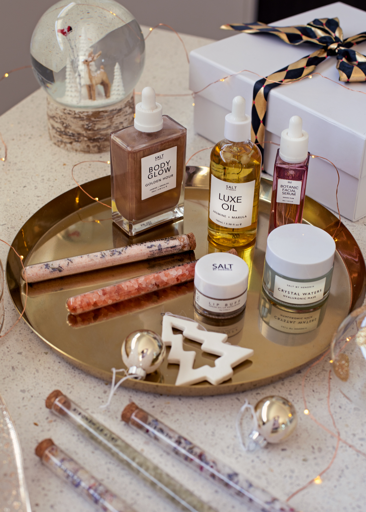 2018 Christmas gift guide Inspiring Wit blog featuring beauty gift ideas Salt by Hendrix products