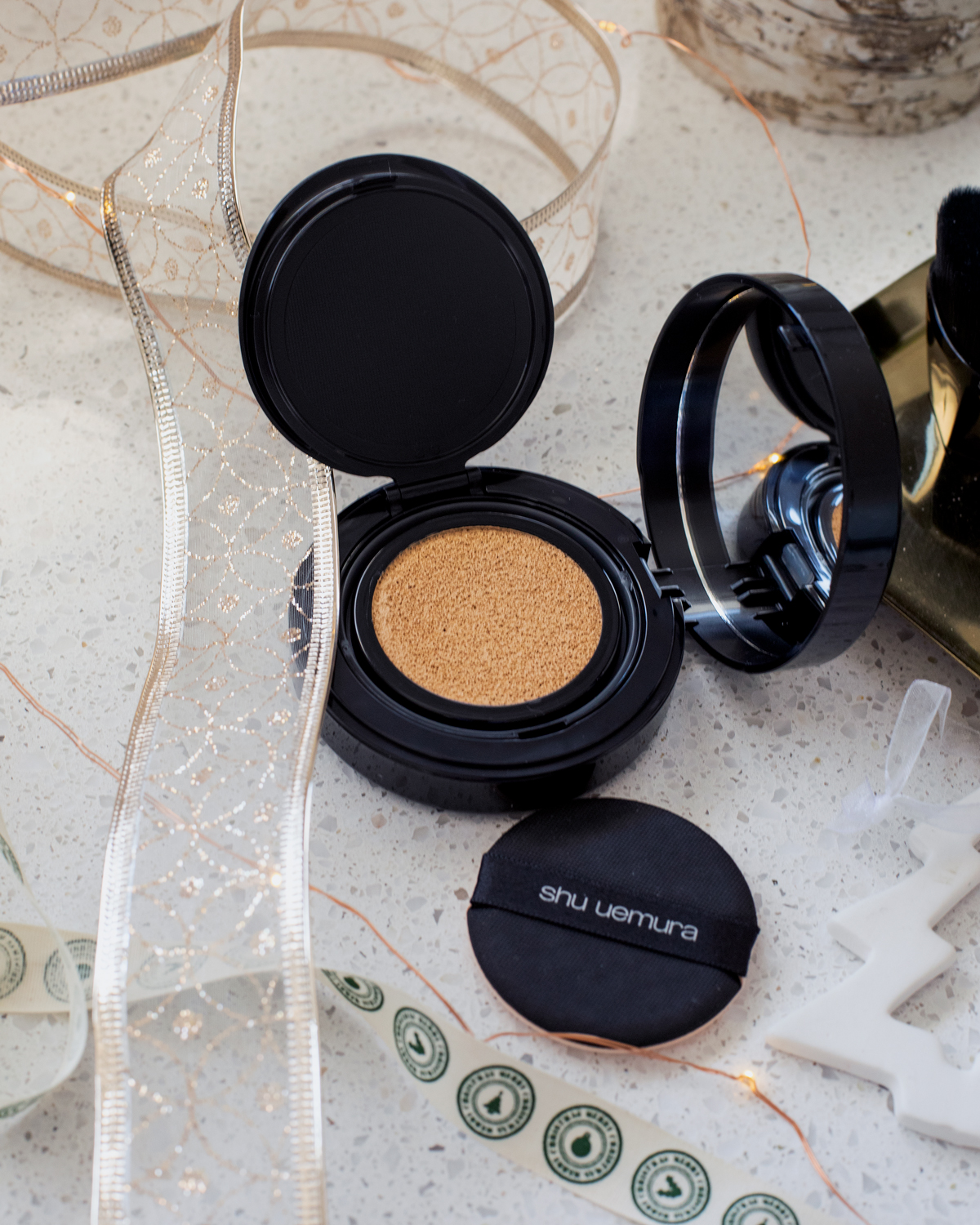 2018 Christmas gift guide Inspiring Wit blog featuring beauty gift ideas Shu Uemura beauty cushion foundation