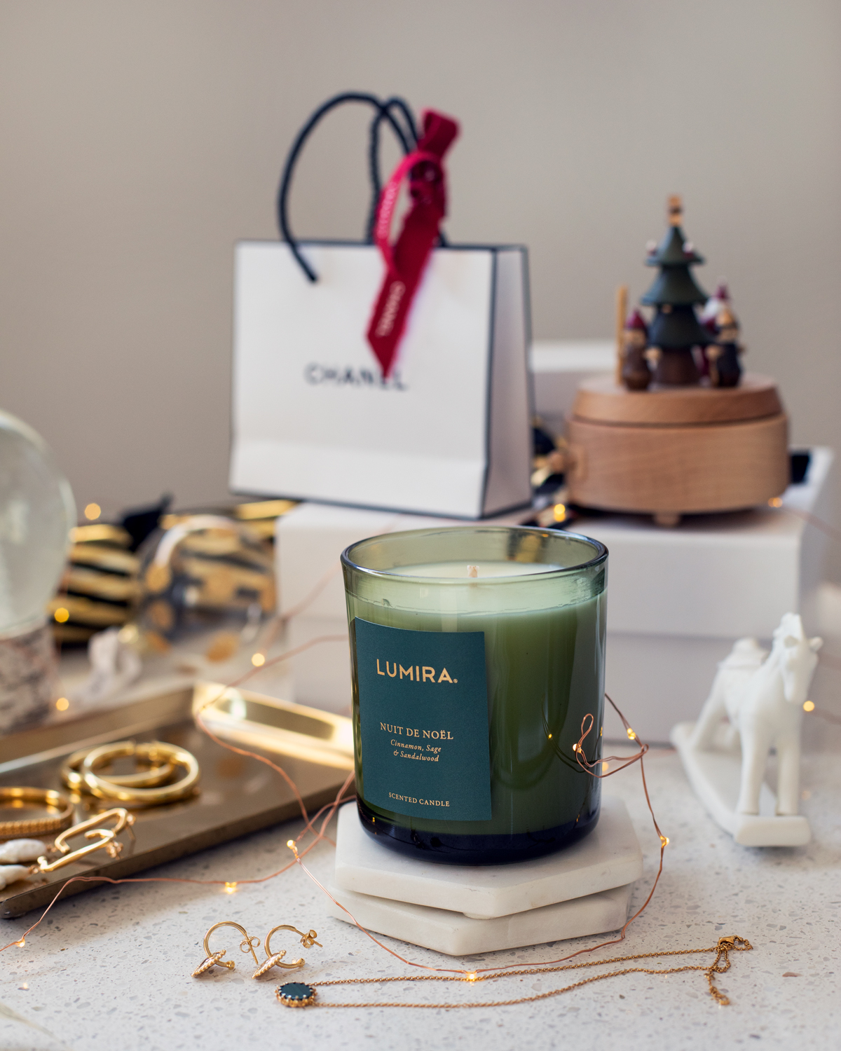 2018 Christmas gift guide Inspiring Wit blog featuring women's and lifestyle gift ideas for the home with the Lumira Nuit de Noel limited edition Christmas scented candle