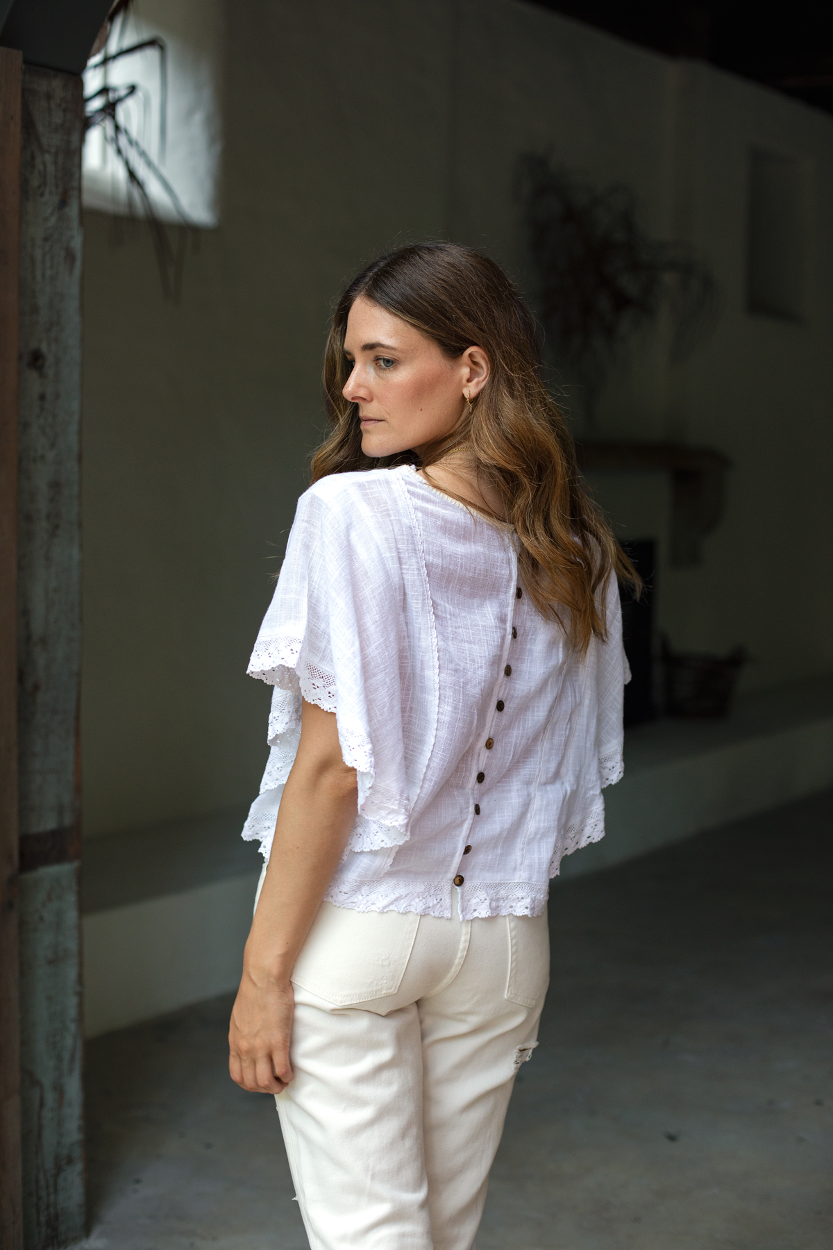 White on white outfit with Bohemian Traders Havana blouse back detail worn by Jenelle Witty Australian fashion blogger from Inspiring Wit