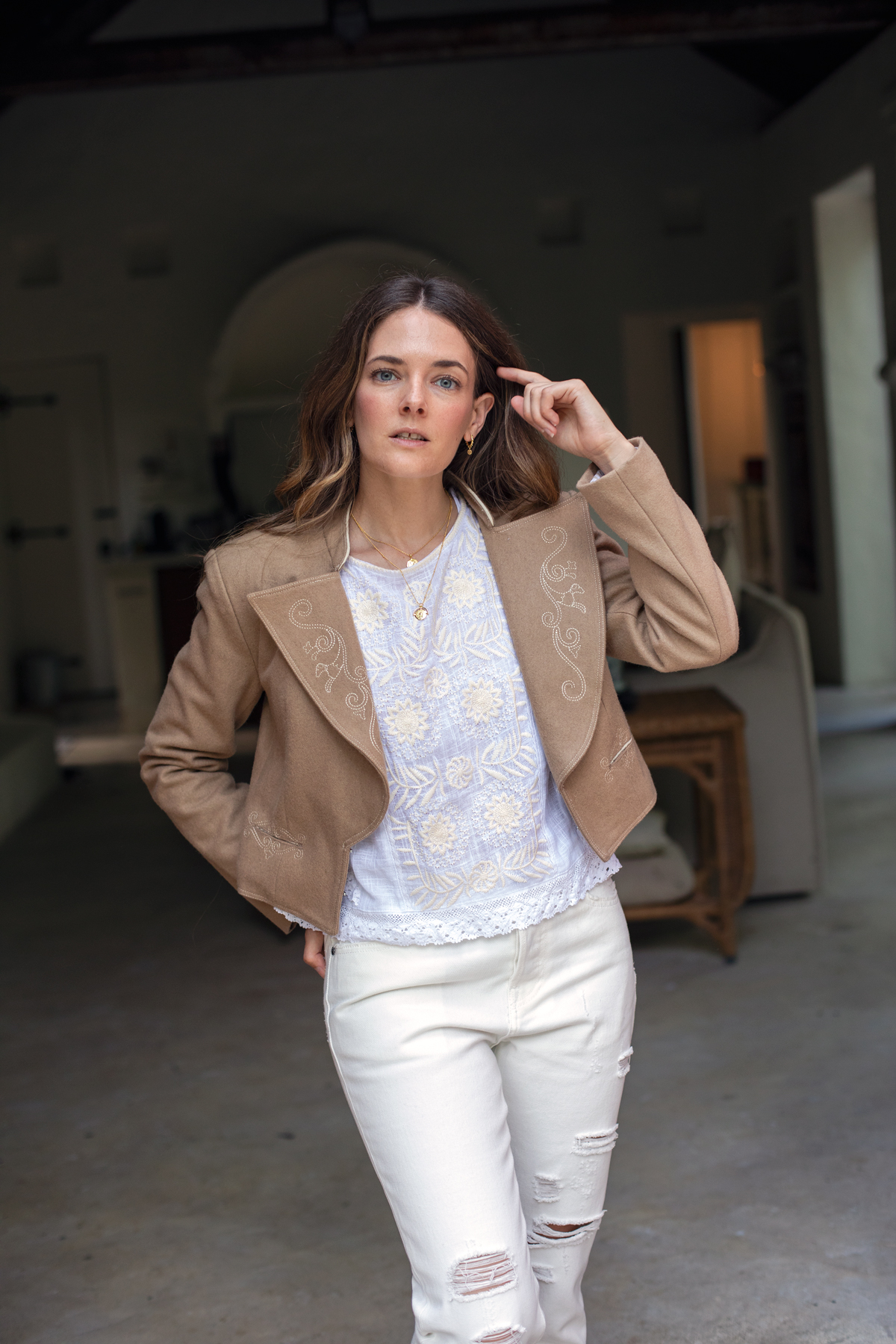 White on white outfit with Bohemian Traders Havana blouse, jeans and crop jacket worn by Jenelle Witty Australian fashion blogger from Inspiring Wit