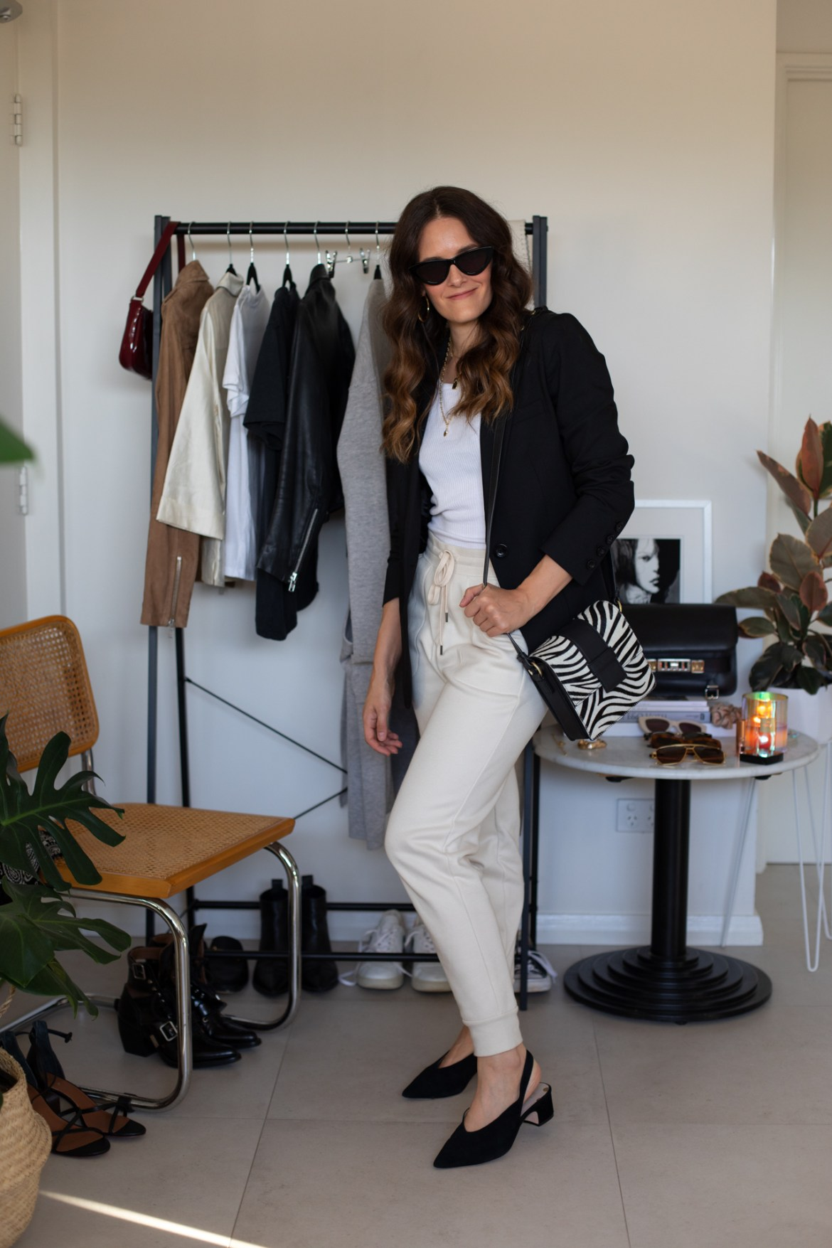 How to style jogger pants at home and out of the house again. Maximise your sweat pants and make sure you can wear them out post-iso. Four ways to wear at home and four ways to wear heading out.
