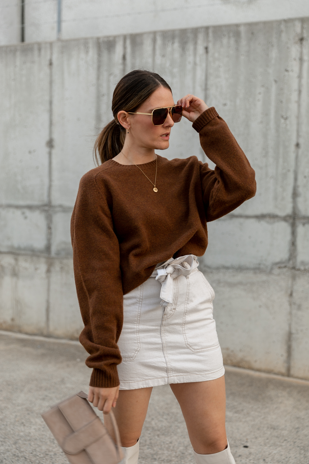 brown and cream outfit idea