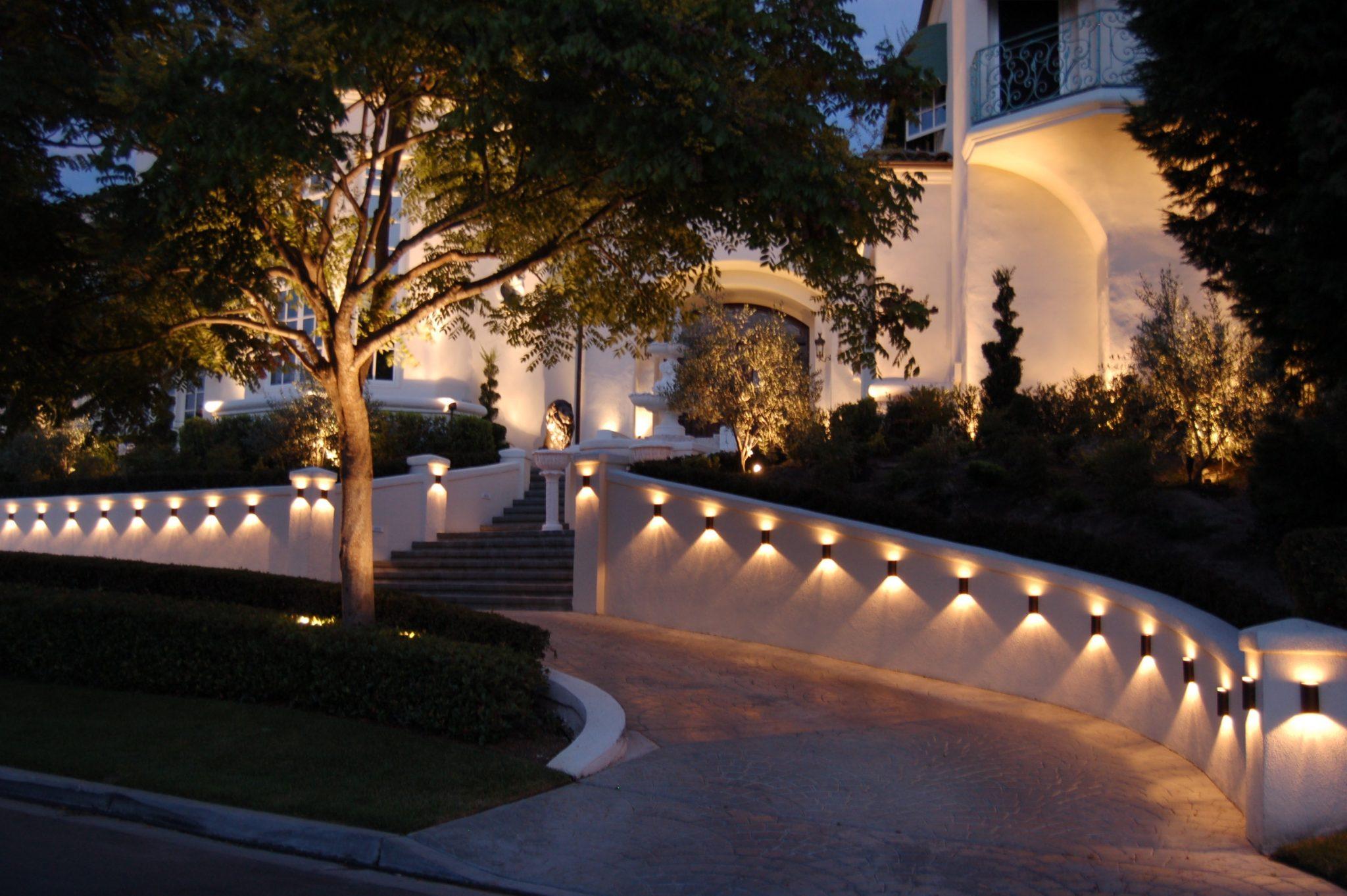 fall landscape lighting ideas pro tips