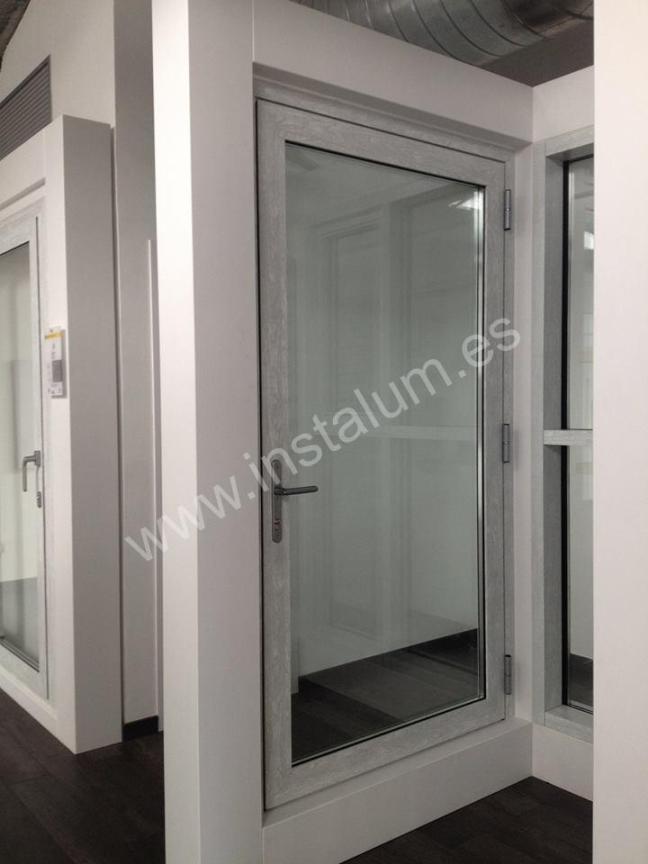foto puerta centroalum2