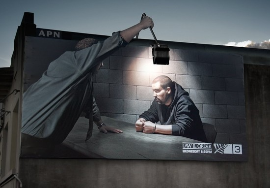 TV3: Law & Order outdoor lamp
