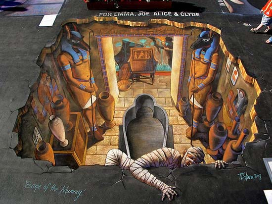 3D Street Painting - Escape of the Mummy