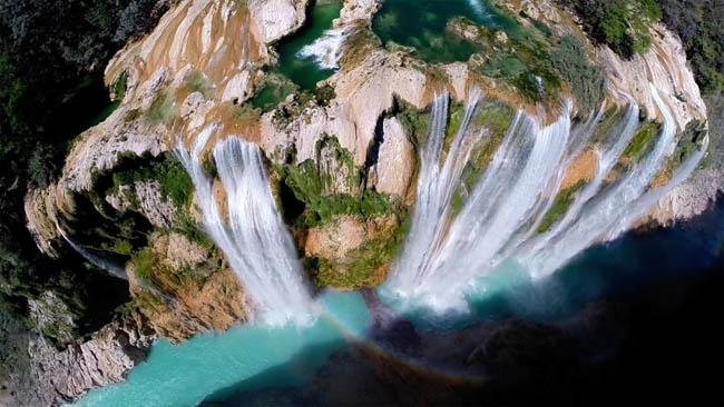 Tamul waterfall in Mexico