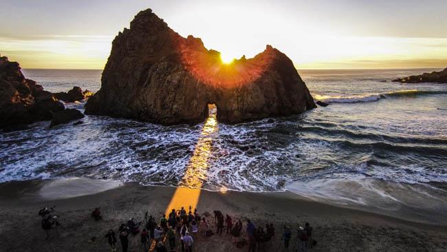 Keyhole Arch at Pfeiffer Beach, Big Sur, California.