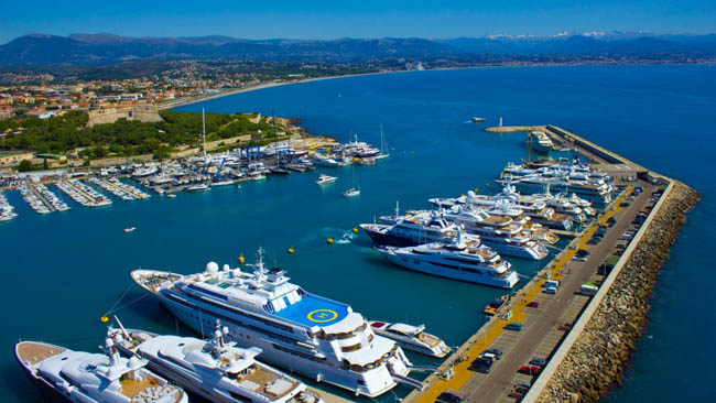 Quai des Milliardaires, Antibes, France.