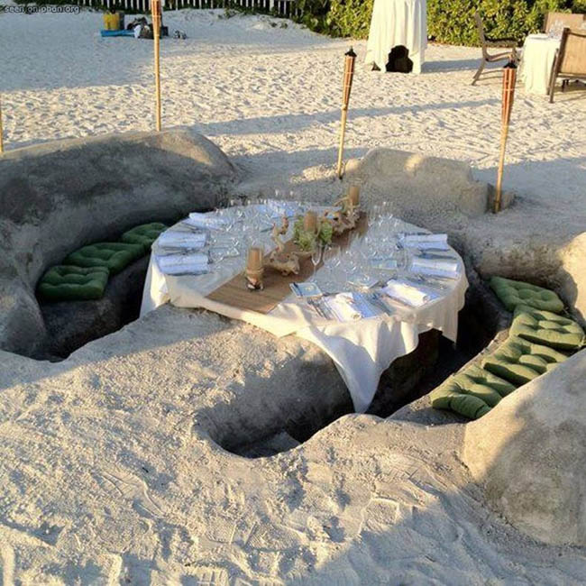 DIY dinner booth at Lido beach resort in Sarasota, Florida.