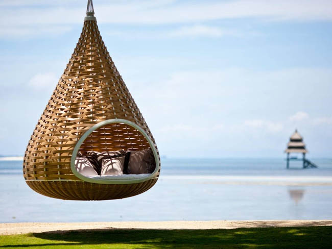 Spent your time with style in this hanging hammock in the Philippines.