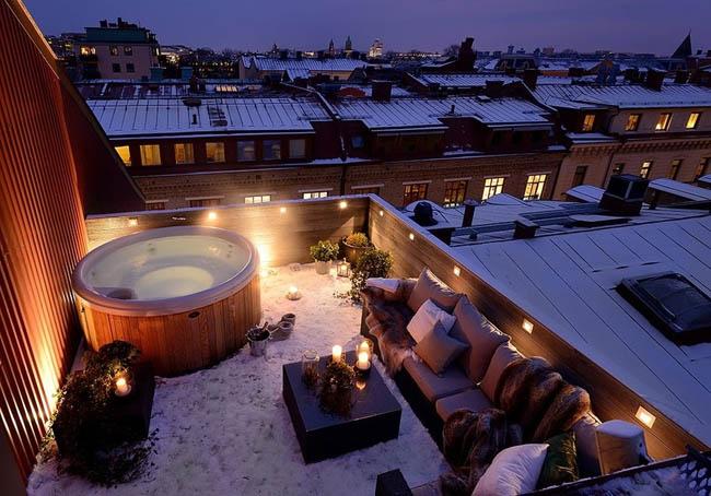 The warmest rooftop hot tub in Gothenburg, Sweden.