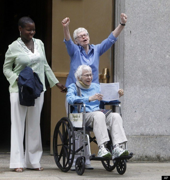 Phyllis Siegel, 76, and Connie Kopelov, 84, are finally able to get married in New York.