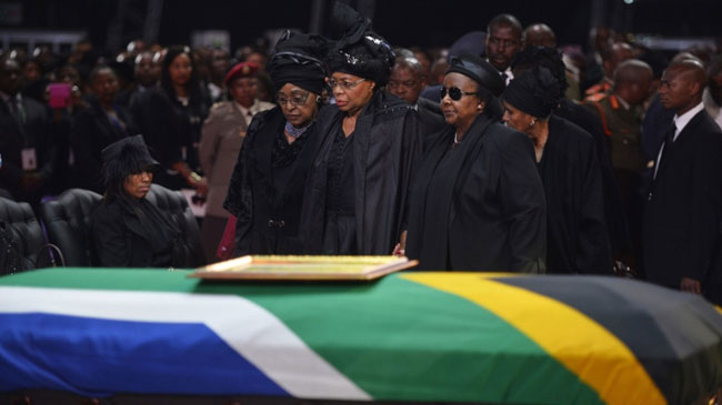 The world says goodbye to Nelson Mandela [2013]