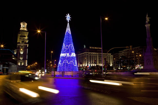 Color-Changing Christmas Tree in Colon square, Madrid