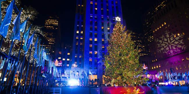 Christmas tree at Rockefeller Plaza, New York, USA