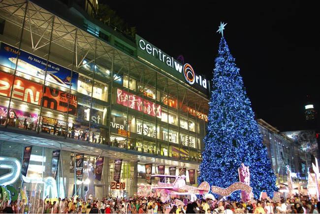 Christmas tree at Central World Shopping Mall, Siam Square, Bangkok, Thailand