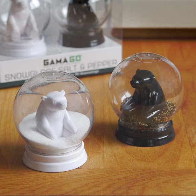 Cool kitchen gadgets - Snow Globe Salt And Pepper Shaker