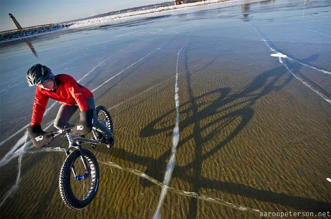 Frozen lakes - Lake in Michigan, US