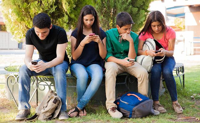 Viewing Social Media