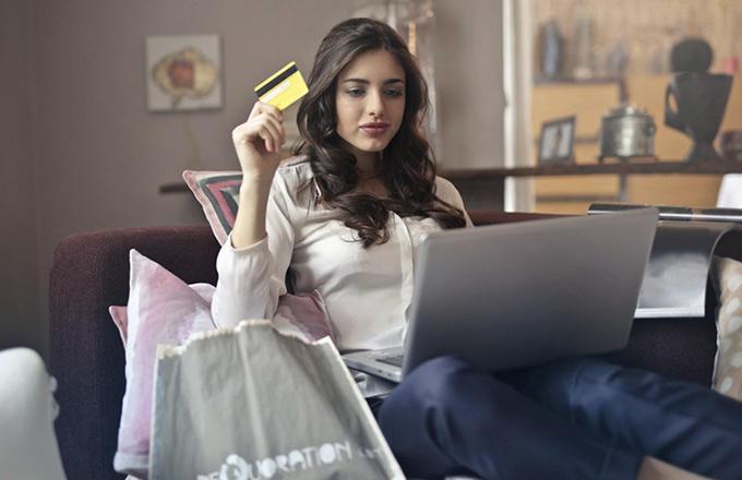 E-commerce Activity