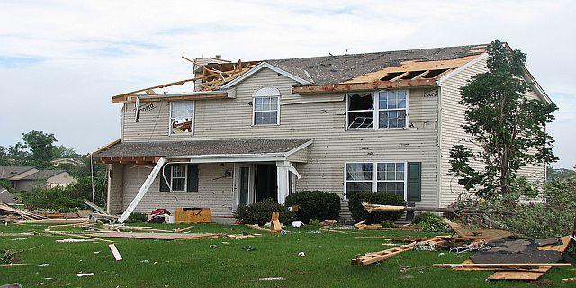 Wind damage insurance in Florida