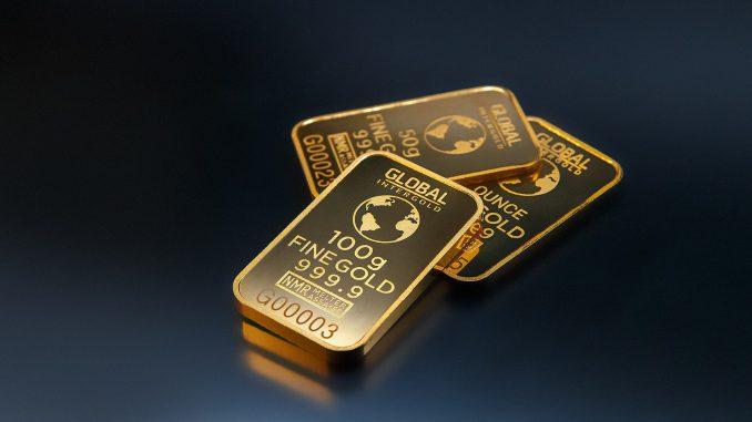 https://pixabay.com/en/gold-gold-is-money-business-money-2048293/