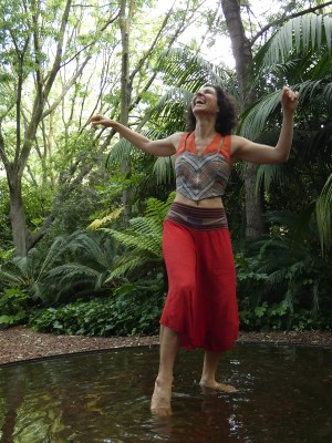 claire_wild_bodymind_therapeutic_coach_facilitator_dancing at Integrally alive